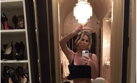 Kim Zolciak Mirror Selfie