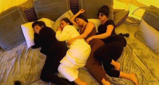 Kris Jenner, Kim Kardashian, Kourtney Kardashian, and Khloe Kardashian Spoon