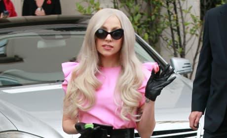 Lady Gaga, Pink Top