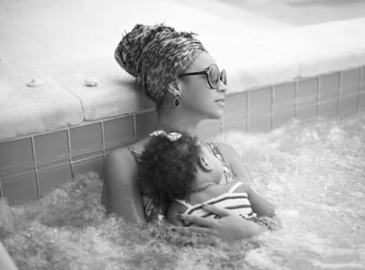 Beyonce and Blue Ivy Carter Photo