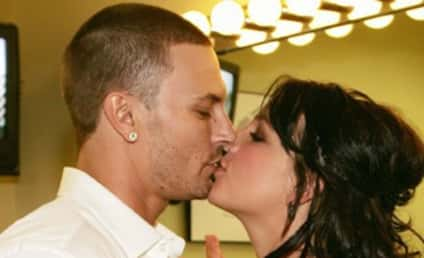 Happy Divorce-ary to Britney, Jessica!