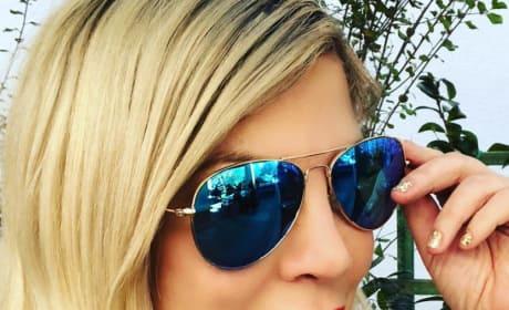 Tori Spelling in Glasses