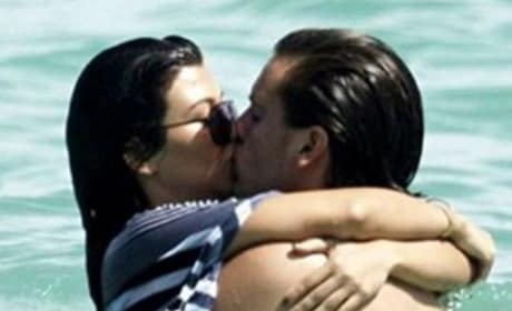 Scott Disick and Kourtney Kardashian Make Out In The Ocean