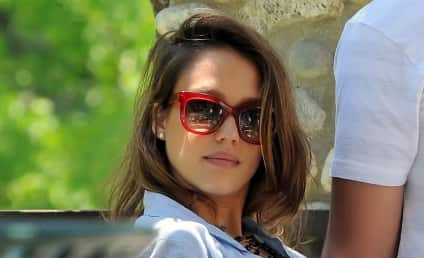 Jessica Alba: Pregnancy is Awesome!!!