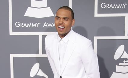 Chris Brown: Booed at Knicks Game!