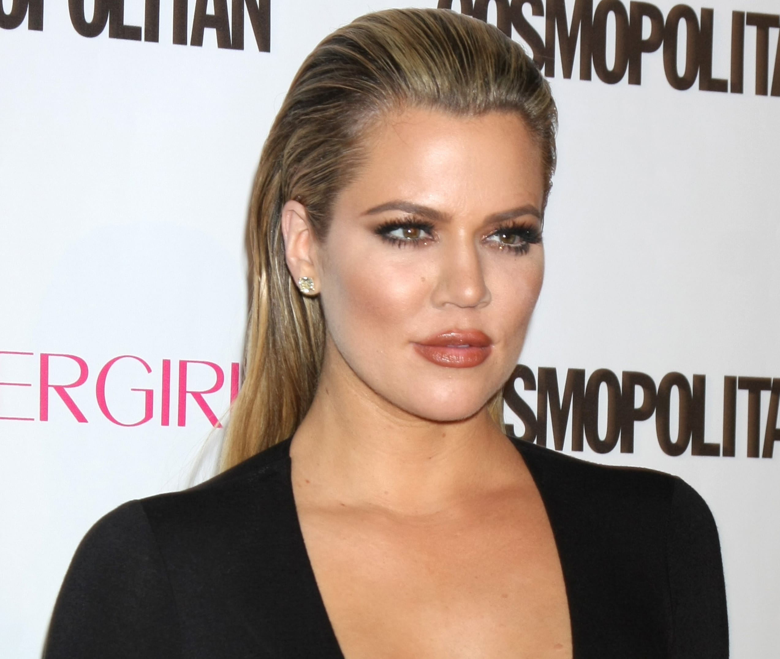 70a615b7e42 Khloe Kardashian Returns to App, Thanks