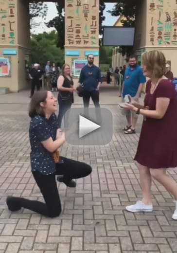 Couple pops suprise proposals to each other at the same time
