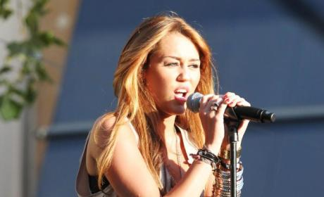 Miley at the Mic