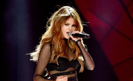 Selena Gomez Checks Into Rehab: Is She OK?