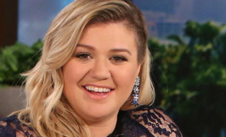 Kelly Clarkson Close Up