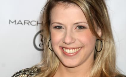 Jodie Sweetin has a Full House... of Boobs!