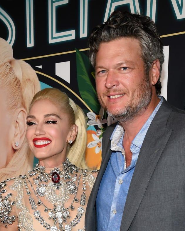 Gwen Stefani And Blake Shelton: Announcing Engagement Very