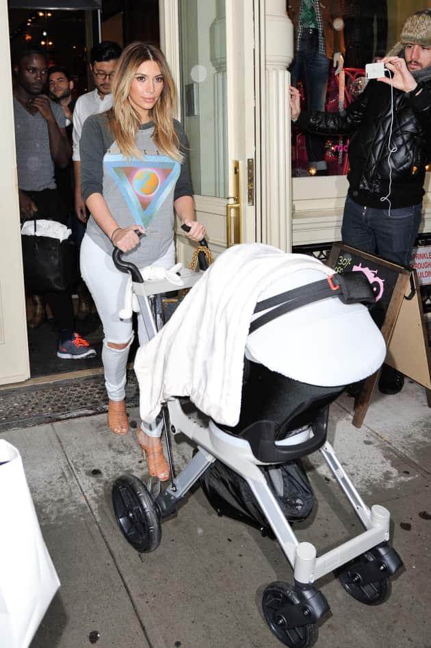 Kim Kardashian Pushes Daughter