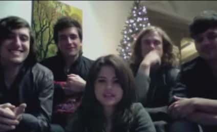 Selena Gomez & The Scene to Fans: Merry Christmas!