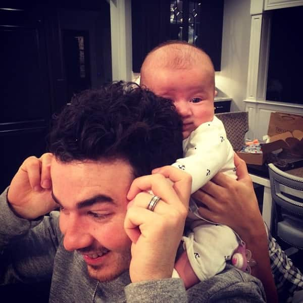 Kevin Jonas and Daughter