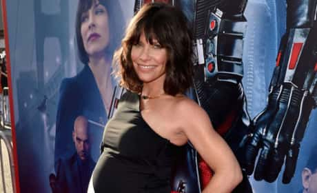 Evangeline Lilly: Pregnant on Ant-Man Premiere Red Carpet!
