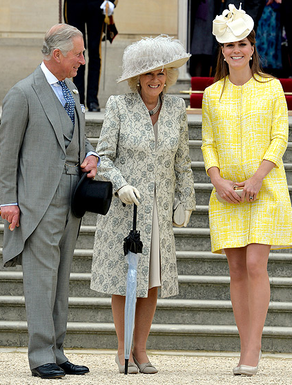 Kate Middleton, Baby Bump in Yellow