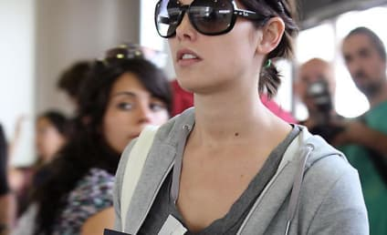 Ashley Greene, Cleavage Cover Cosmopolitan