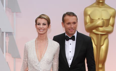 Tim McGraw and Faith Hill Red Carpet Smiles