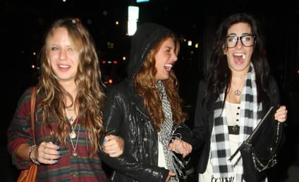Shenae Grimes is Really, Really Thin