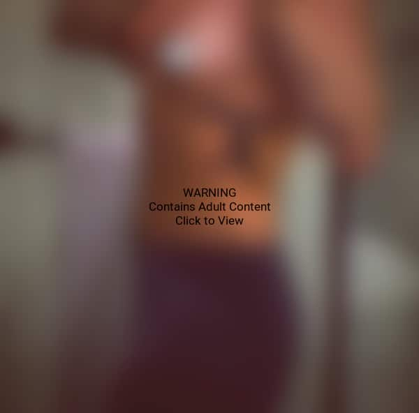 Demi Lovato Topless Photo