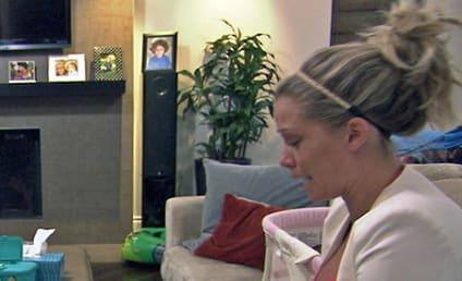 """Kendra Wilkinson on """"Amazing"""" Hank Baskett: He Treats Me Like a Queen!"""