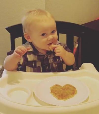 Mason Duggar Eats Pancakes