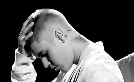 Justin Bieber Hangs Head