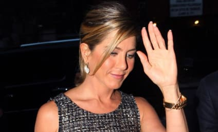 Celebrity Hair Affair: Jennifer Aniston