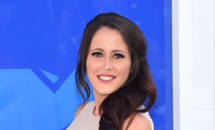 Jenelle Evans: Look At My Baby Bump, You Guys!