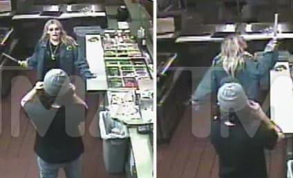 Jamie Lynn Spears Knife-Wielding Video: Watch Brit's Sis Go Ballistic in a Sandwich Shop!