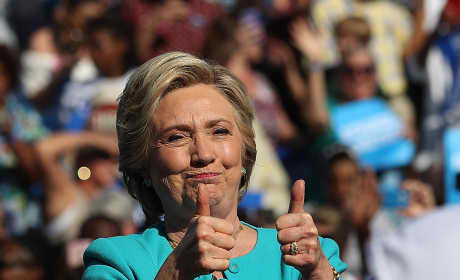 Hillary Clinton: Awkward Thumbs-Up!