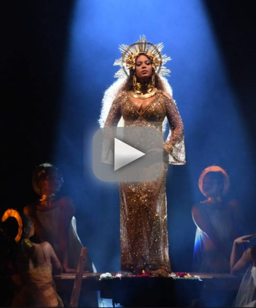 Beyonce baby bump put on powerful performance at 2017 grammys