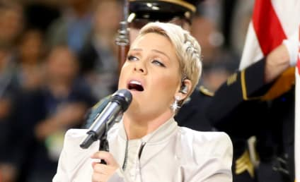 Pink Totally Owns Pathetic Twitter Troll