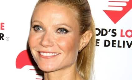 "Gwyneth Paltrow Miscarriage Scare: ""I Nearly Died"""