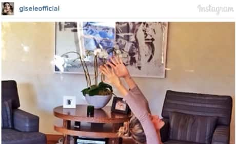 Gisele Bundchen, Daughter Vivian Do Yoga