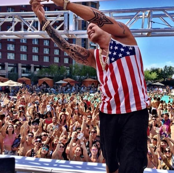 Pauly D Loves America!