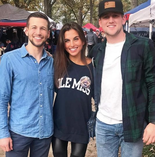 Ally Auto Pay >> Jessica Clarke with Brothers - The Hollywood Gossip