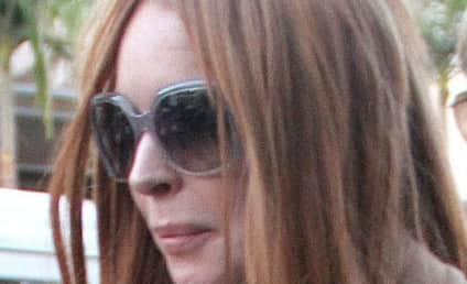 Lindsay Lohan Puts Herself on Lockdown