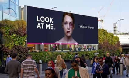 """Battered Woman Billboard """"Heals"""" as More People Look at Her"""