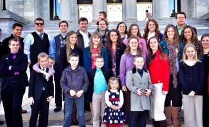 "19 Kids and Counting: FCC Complaints of ""Dangerous"" Duggars May Doom Series"
