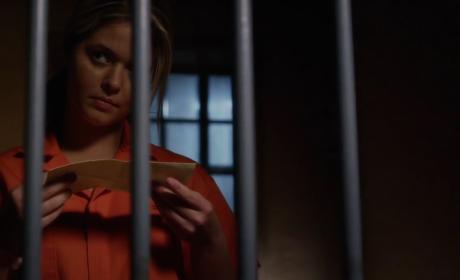 Pretty Little Liars Season 5 Episode 19 Promo