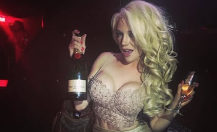 Courtney Stodden Gets Naked, Opens Up About Divorce