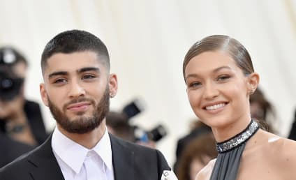 Gigi Hadid & Zayn Malik: BACK TOGETHER, Model Tweets Support