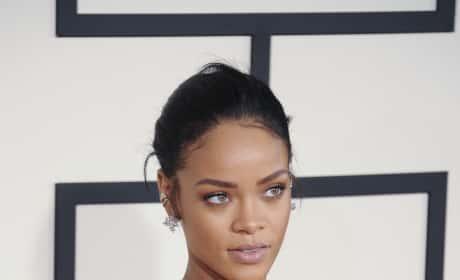 Rihanna Grammys Photo