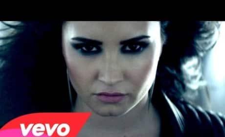 """Demi Lovato - """"Heart Attack"""" (Music Video)"""