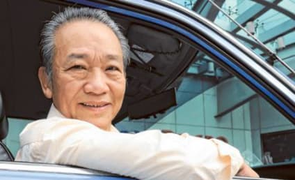 Cabbie Returns $900,000 in Back Seat to Vacationing Couple