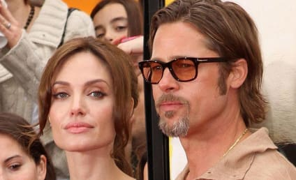 "Angelina Jolie ""Wears the Pants"" in Relationship With Brad Pitt, Friends Shockingly Claim"