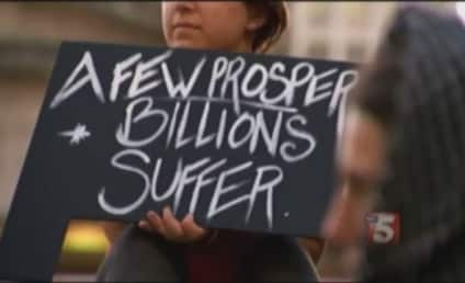 Two Women, One Pregnant, Throw Down at Occupy Nashville Protest