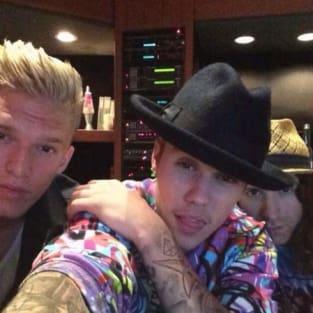 Justin Bieber and Cody Simpson Selfie